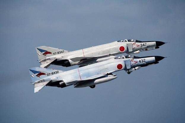 Photos: F-4EJ 8432+8347 302sq CTS 1981.05
