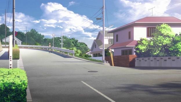 登校路の坂1TARI