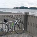 ロードレーサーと江ノ島