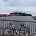 江ノ島と境川とロードレーサー
