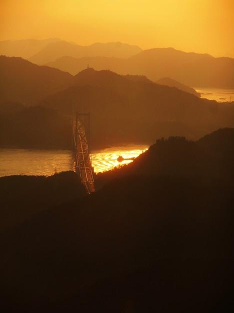 標高285mの山頂からの しまなみ海道の夕景色