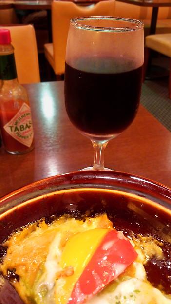 赤ワイン ( 鳥カラ丼 )
