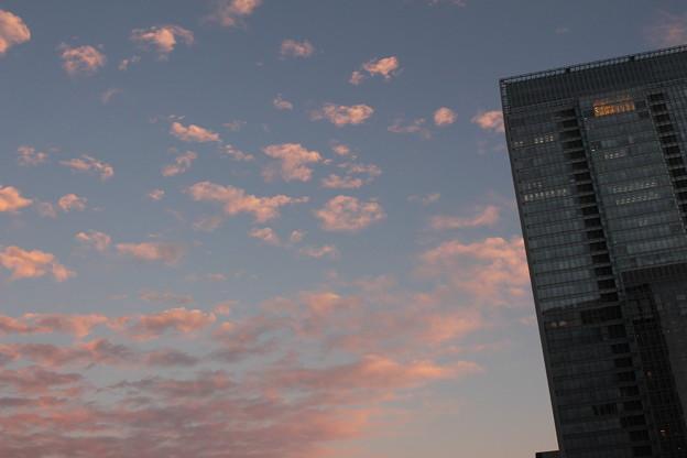 ビル街の空(2)