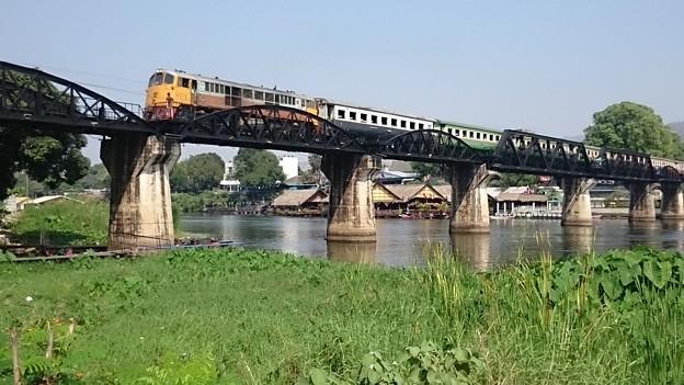 Photos: クウェー河(クワイ河)鉄橋です