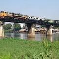 クウェー河(クワイ河)鉄橋です