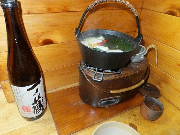 今夜は湯豆腐です