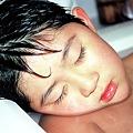 Photos: 湯船で寝る次男