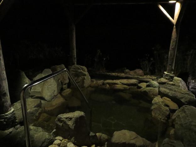 離れ湯の露天風呂