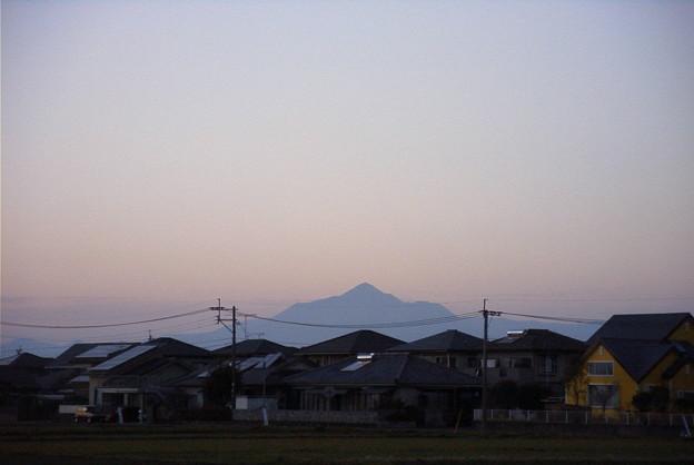 夕暮れの霧島山