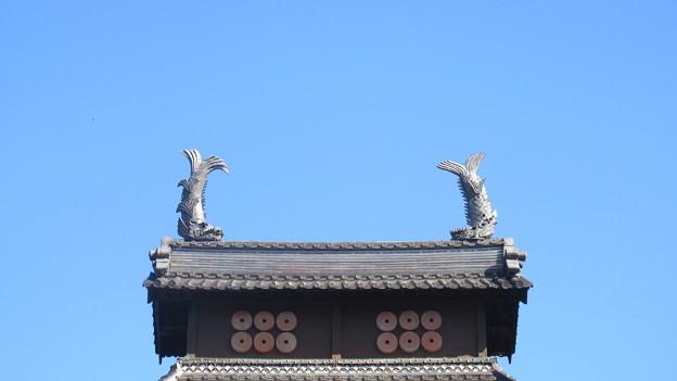 長国寺(長野市松代町)元は松代城大御門の鯱