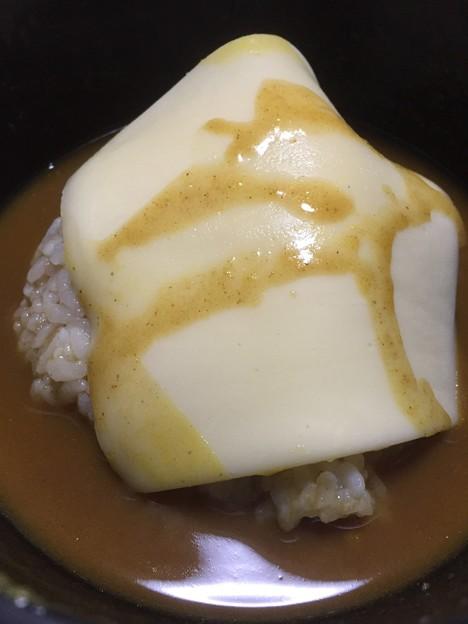 残りつゆにノコリメシとチーズ(゜▽、゜)