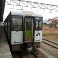 Photos: 羽越線 キハ110系 新津行き