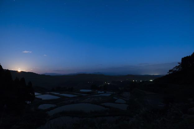 山古志の月の出