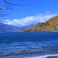 紅葉の中禅寺湖(1)