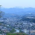山並みと浅野川