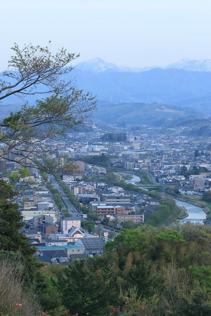 浅野川と街並み 加賀富士