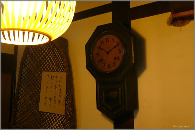 止まっていた時計が…
