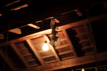武蔵野神社_手水舎-5568