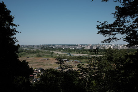 X70_滝山城_22_山の神曲輪からの眺め-0811
