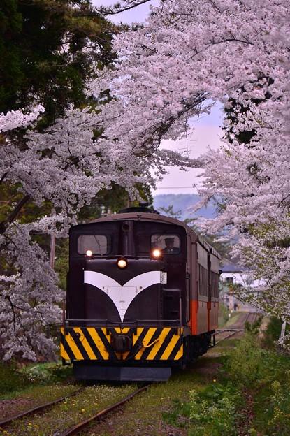 この日の2本目のストーブ列車・・20140501