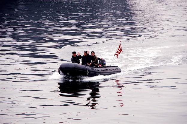 横須賀基地の港を警備する警備艇。。横須賀基地一般公開10月10日