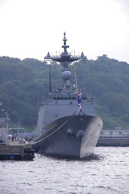 軍港めぐりの遊覧船からしっかり収めて。。韓国海軍テジョヨン 吉倉桟橋10月17日