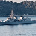 観艦式終えて。。横須賀基地吉倉桟橋へ入港。。護衛艦おおなみ。。10月18日
