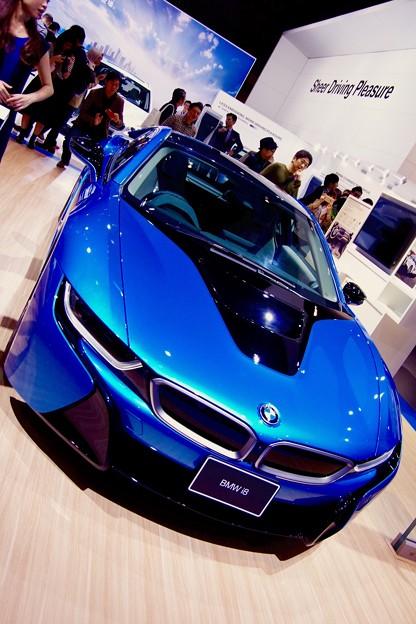 BMWのハイブリッド車 i8。。東京モーターショー2015 11月1日