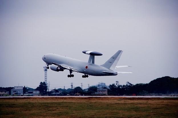 雨の日の浜松基地航空祭。。早期警戒機E-767上がり 11月8日
