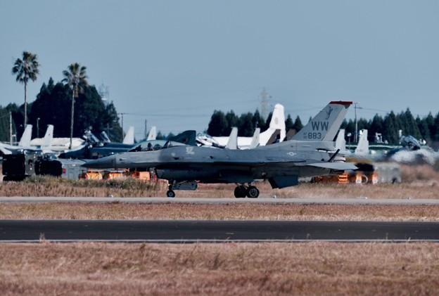 新田原基地航空祭予行。。無事に終えて米空軍F-16。。