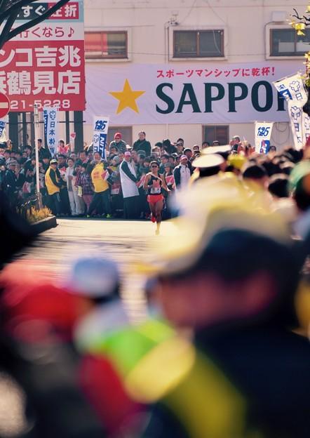 繰り上げスタート後。。箱根駅伝鶴見中継所のドラマ 沿道も最後まで応援。。20160103