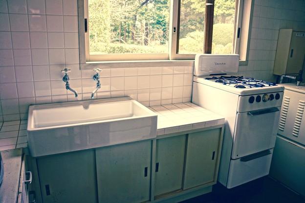 昔のいい暮らしの家の台所。。江戸東京たてもの園 20160313