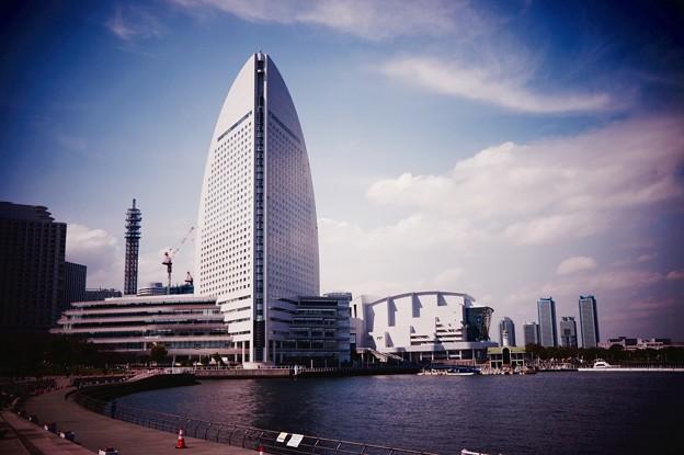 写真: 横浜新港から見るパシフィコ横浜。。20160327