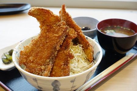 ブリカツ丼(北陸道【上り】・名立谷浜SA)