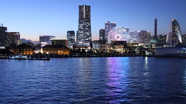 大さん橋からのみなとみらい夜景