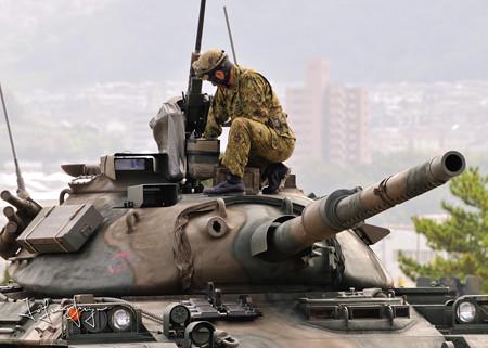 74式砲塔アップ