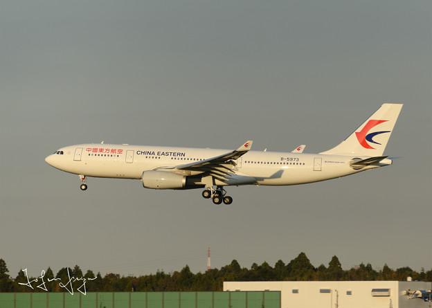 写真: 中国東方航空A320-200