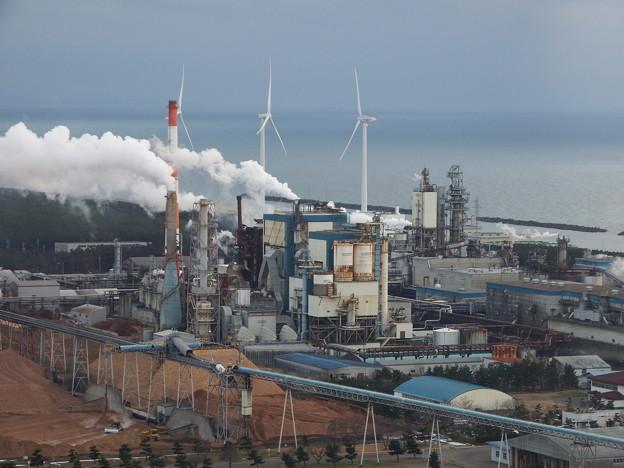 写真: 日本製紙秋田工場