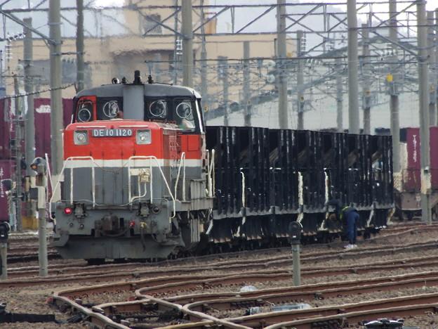 DE10-1120・ホキ800入換準備