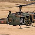 降下訓練始め17 UH-1