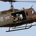 Photos: 降下訓練始め27 UH-1