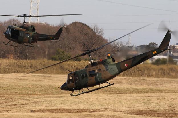 降下訓練始め28 UH-1
