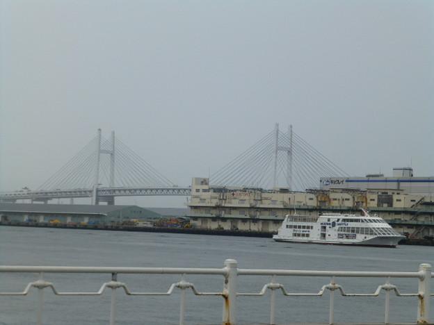 横浜ベイブリッジ