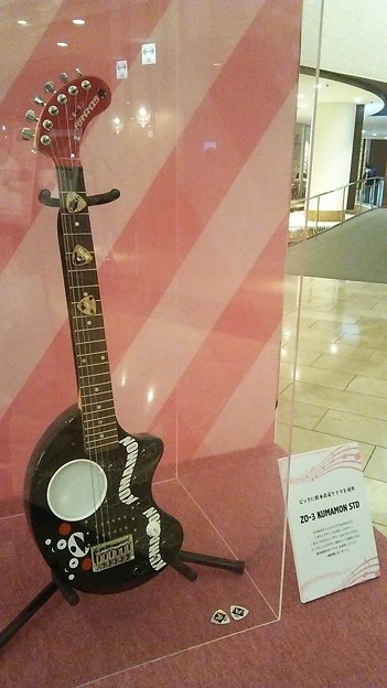 くまモンギターの特別展示
