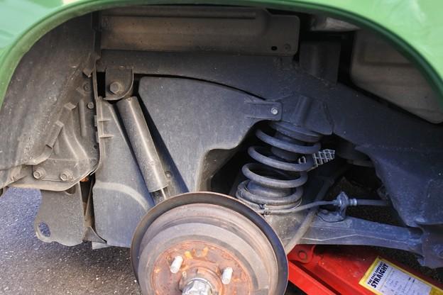 運転席側の後輪