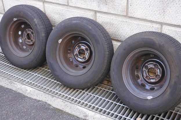 外した夏タイヤを水洗い&オートグリムでお掃除