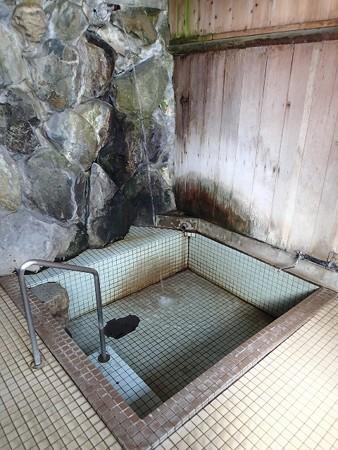 26 5 長野 角間温泉 滝の湯 3