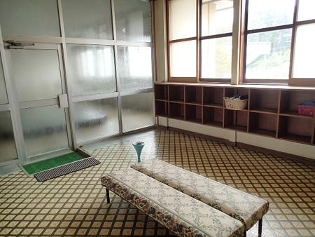 27 7 青森 東北町 姉戸川温泉 3
