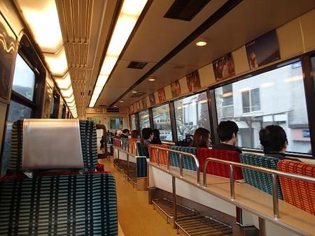 27 11 静岡 伊東線車内 1