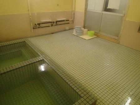 28 1 静岡 伊豆山温泉 走り湯 浜浴場 6